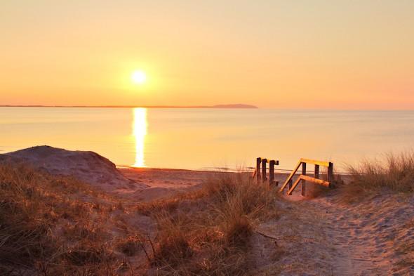 Solnedgång över Råbocka med Kullaberg i bakgrund