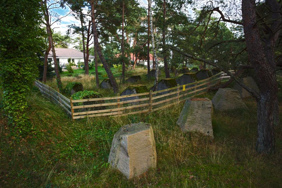 Spärrlinje och trädgård vid Falsterbokanalen
