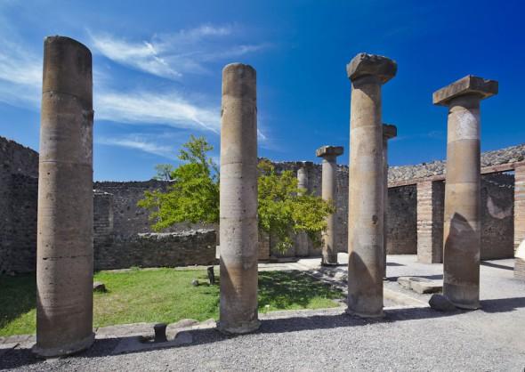 Kollonner i Pompeji
