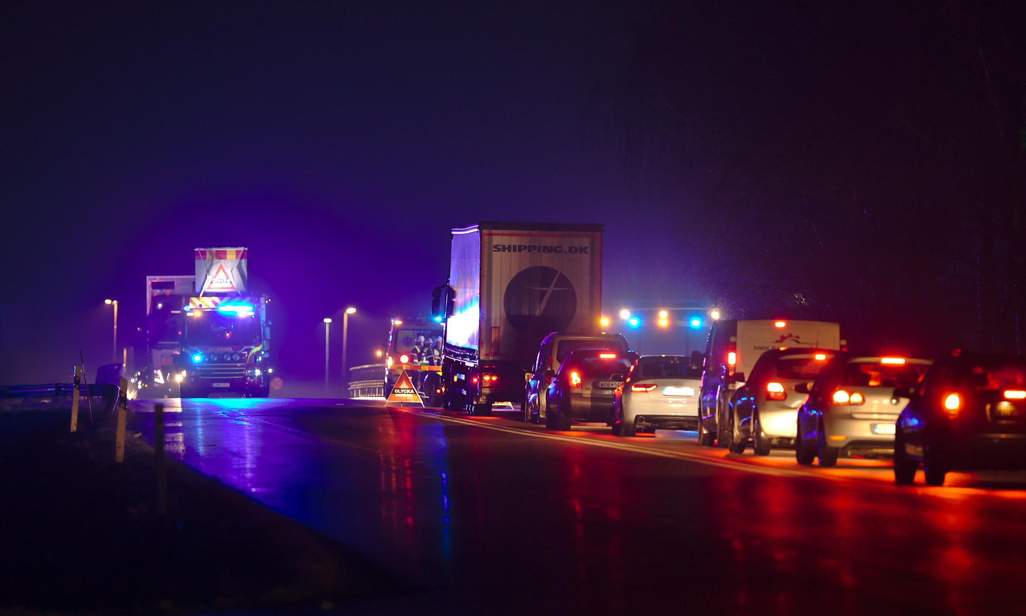 Trafikolycka vid Norra Varalöv en regnig natt