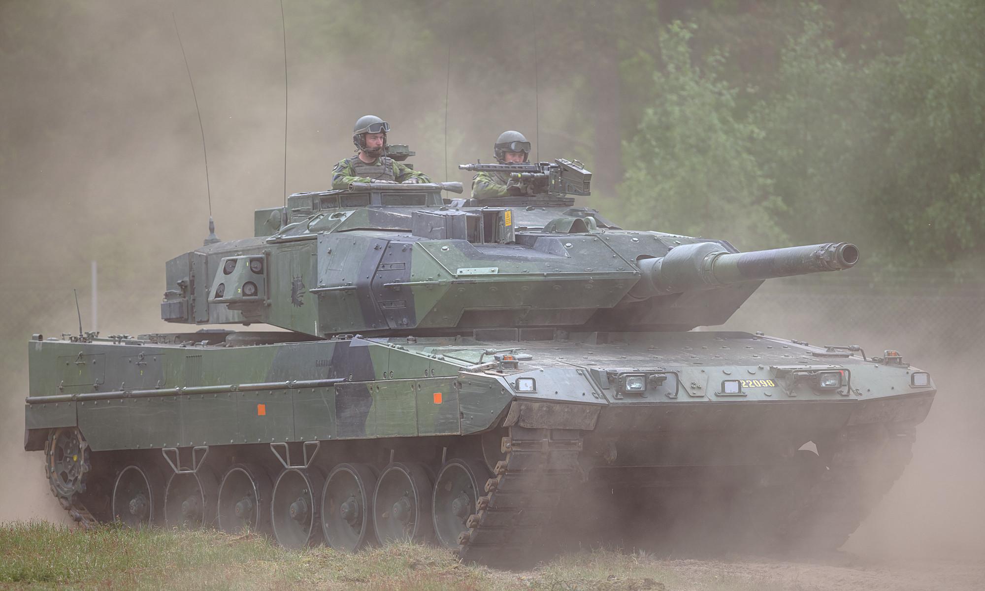 Stridsvagn 122 Leopard