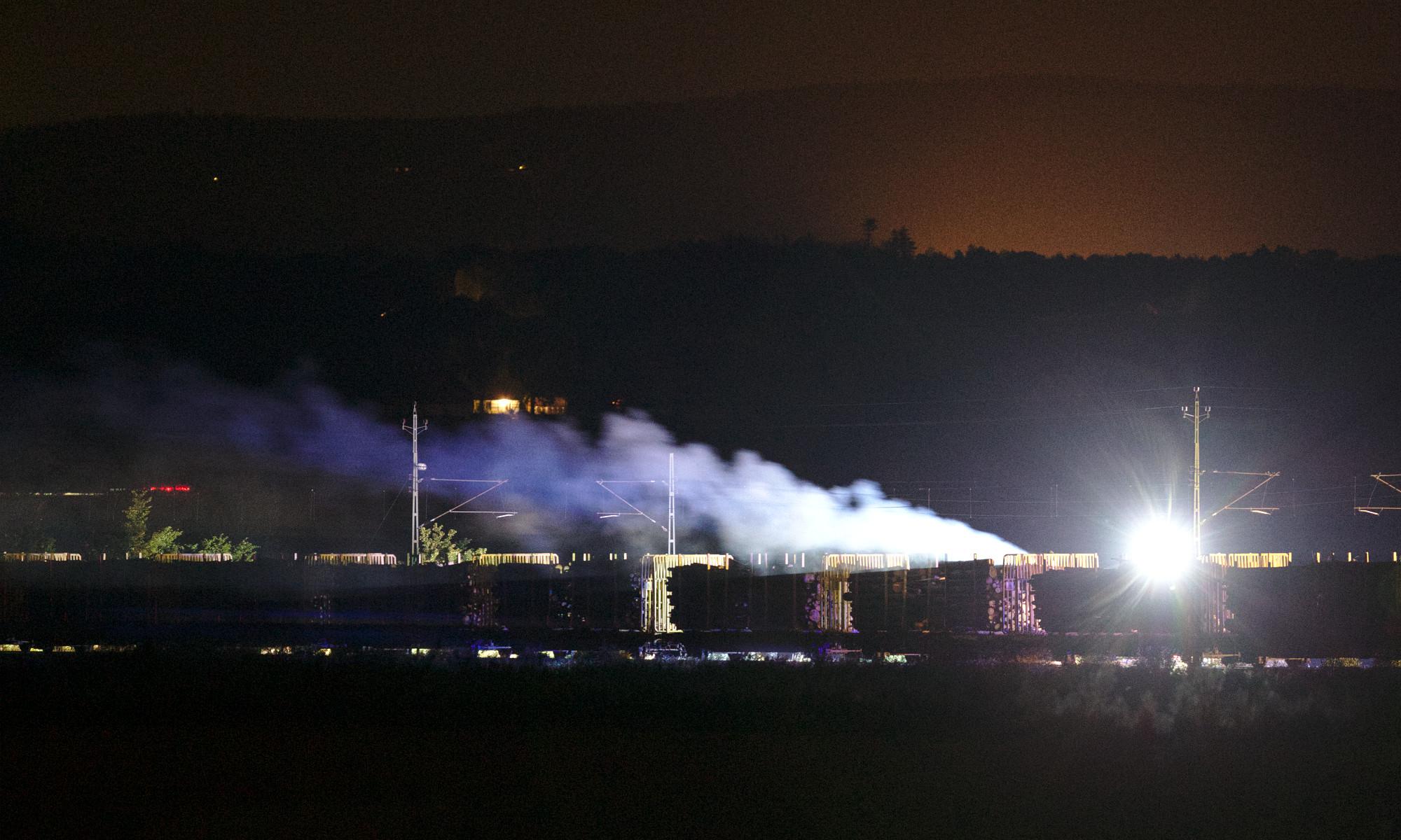 Brand i godståg utanför Vejbyslätt
