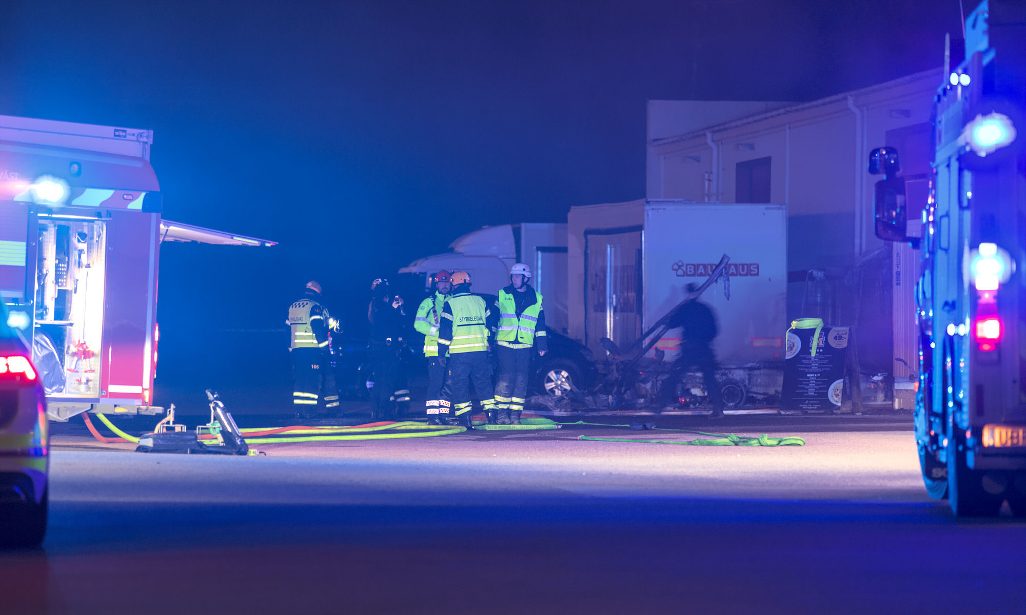 Brand i lätt lastbil på Metallgatan i Ängelholm