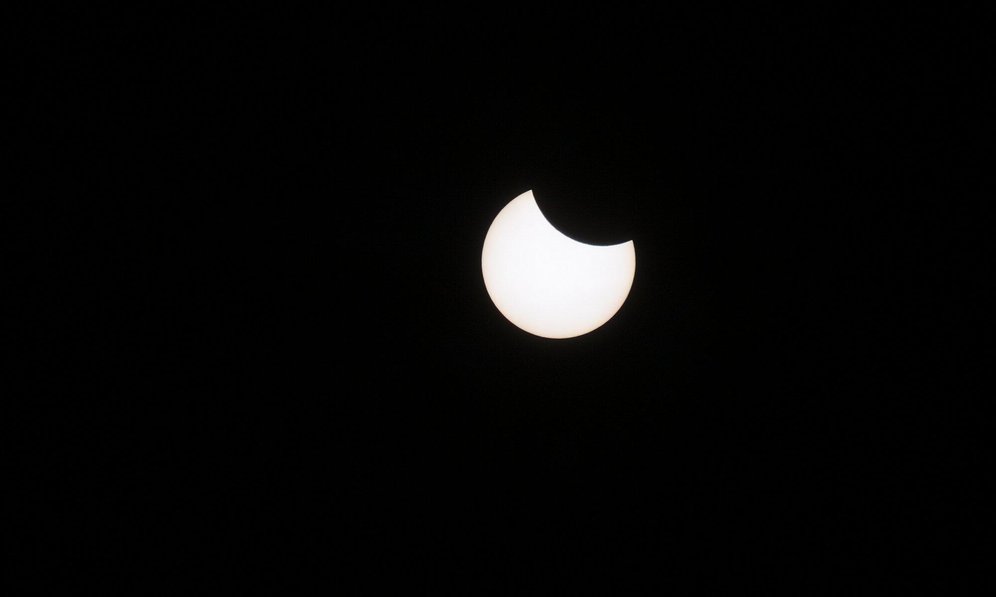 Partiell solförmörkelse 2021
